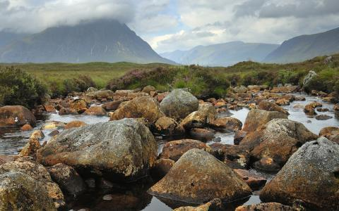 A rocky stream and the Buchaille Etive Mor from Rannoch Moor.  :copyright:Lorne Gill/SNH
